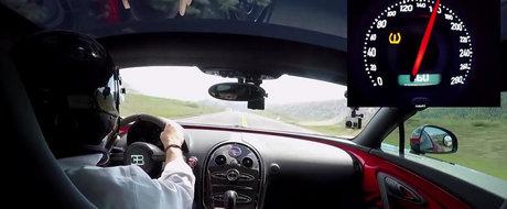 0 - 370 kilometri pe ora la bordul unui Bugatti de trei milioane dolari