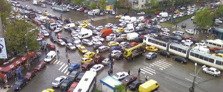 10 motive pentru care soferii din Romania sunt jalnici la condus