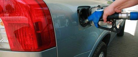 15 Martie, miting impotriva accizei de 42 bani/litru la carburant