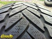 2 anvelope Dunlop 185 65 15 DE IARNA Pret 200 lei ambele anvelope