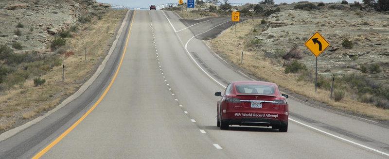 4.845 km in 2 zile si jumatate, cu masina electrica. Dar NU in Romania...