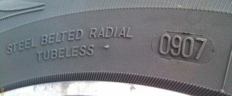 5 lucruri necunoscute scrise pe anvelopele tale