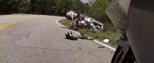 Abordarea virajelor cu motocicleta este periculoasa