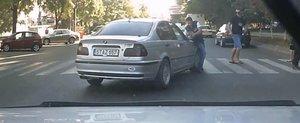 Accidentul din Moldova: soferul unui BMW loveste si fuge
