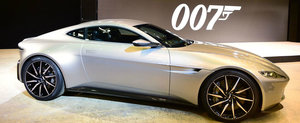 Aston Martin DB10 este masina lui James Bond si stie sa faca burnout si drift