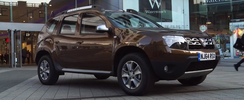 Autoexpress pune Dacia Duster pe locul 3 in topul celor mai bune SUV-uri