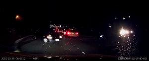 Autopilotul de la Tesla evita un accident in ultima clipa