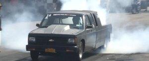 Camioneta cu motor de 9.5 litri Twin-Turbo pentru drag-racing este un OZN
