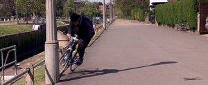 Casca-airbag pentru biciclisti pare cea mai buna idee din lume