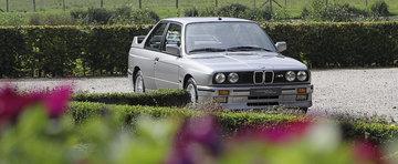 Comoara de pe internet: Astrele ne scot in cale un nou BMW M3 E30 de vanzare