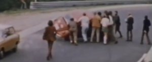 Compilatie cu accidente retro: un viraj periculos pe Nurburgring in 1970