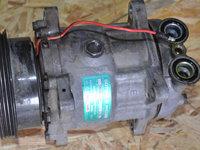Compresor ac Dacia Solenza 1.4 mpi / R8200116429