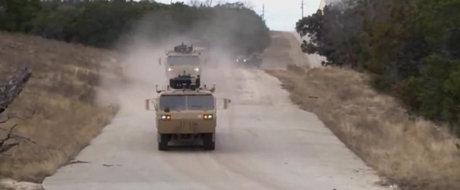 Convoiul de autovehicule militare care se conduce complet singur