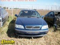 Dezmembram Volvo V40 1999 combi 1 9TD 66kw 90cp