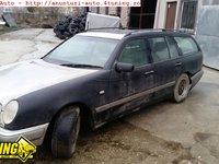 Dezmembrez Mercedes E290 turbo diesel 1998 motor 2 9