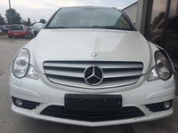 Dezmembrez Mercedes R 320 cdi W251 2007