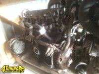 Dezmembrez motor opel vivaro 1 9CDTI 74kw 2005