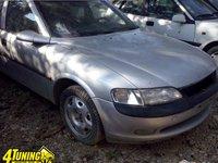Dezmembrez Opel Vectra B 1998 1 6 16V
