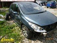 Dezmembrez Peugeot 307 1 6 HDi 80 kw cod motor 9hy an 2006