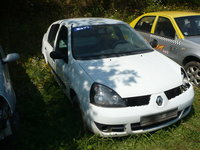 Dezmembrez,Piese Renault Clio 2 Symbol 1.5 dci euro 4 alb