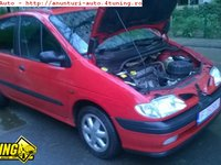Dezmembrez Renault Scenic 1999 motor 2 0 benzina full options