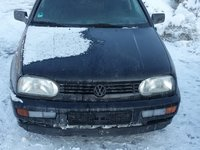 Dezmembrez sau vand VW Golf 3