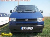 Dezmembrez Volkswagen Transporter 2 4D 1995