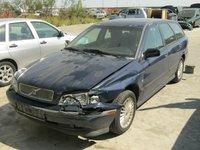 Dezmembrez Volvo V40 din 1999,1.7b
