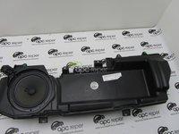 Difuzor Bass Audi A6 4F cod 4F0035382B Boxa Bass usa dreapta Audi A6 4F