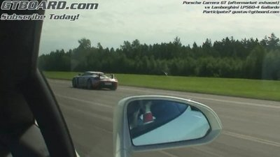 Drag Race: Lambo Gallardo LP560-4 vs. Porsche Carrera GT