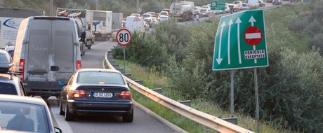 Editorial: minciunile marca Ponta si lungul drum spre Litoral
