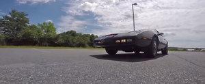 Este una din masinile pe care ai vrut sa le conduci de cum le-ai vazut. Cum este cu adevarat in spatele volanului legendarului KITT?