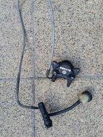 Etrier spate Brembo cu tot cu cablu si o parte din pompa. 50 Euro