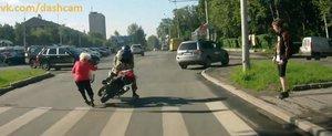 Exista si motociclisti nebuni: daca mergi pe 2 roti, iata ce sa nu faci
