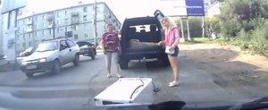 Femeia, SUV-ul si masina de spalat. Cea mai proasta combinatie.