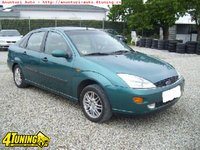 FORD FOCUS 1 8 BENZINA GHIA BERLINA AN FABR 2001
