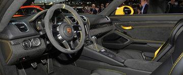 Geneva 2015: Porsche Cayman GT4 celebreaza placerea condusului