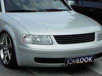 Grila VW Passat 3B negru