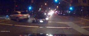 Hit and Run pe strazile din San Francisco, surprins de camerele de filmat