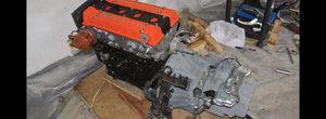 Il stii de sub capota Toyotei MR2 sau AE86. Uite cum se asambleaza un motor 4A-GE in 2 minute