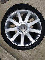 """Jante 18"""" Audi A4 A6 A8 Passat 225/40/18 cu anvelope FARA ZGARIETURI"""