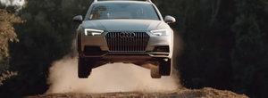 La volanul sau oricine devine pilot de raliu. Noul Audi A4 Allroad arata ca se simte ca acasa pe teren accidentat
