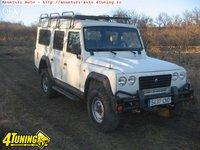 Land-Rover Defender Autoutilitara