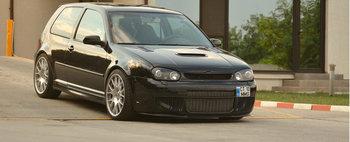Lupul in pielea oii: VW Golf 4 de 720cp tunat in Romania
