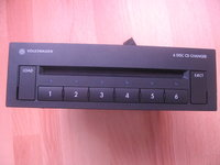 magazie CD-uri 6 originala de vw Golf 5,6,Jetta,passat,sharan,class 1 Laser Sony