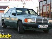 Mercedes 190 E berlina