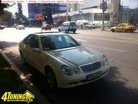 Mercedes E 220 2148