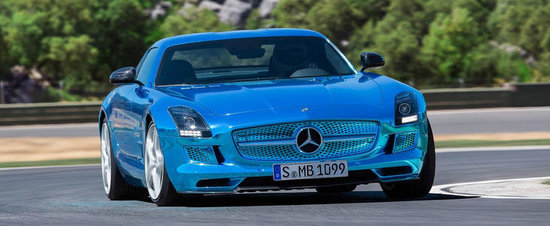 Mercedes SLS AMG Electric Drive face o vizita circuitului Ascari