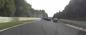 Momentul in care un Chevrolet Corvette isi pierde roata la Nurburgring