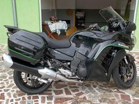 Motocicleta Kawasaki GTR 1400, 2015